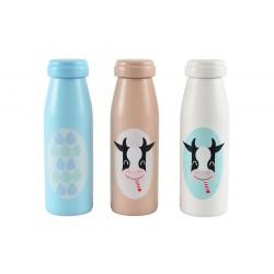 Mleko w drewnianej butelce